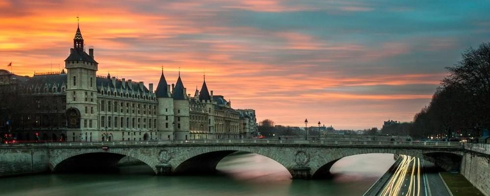The quays of Paris in the evening