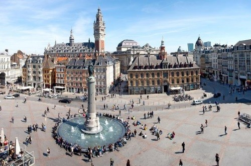 The Grand Place, a must to visit during your corporate team building in Lille