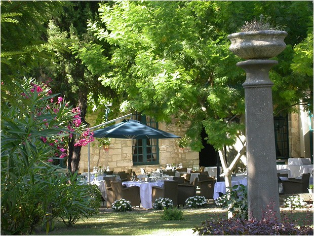 Hostellerie Magnaneraie giardino