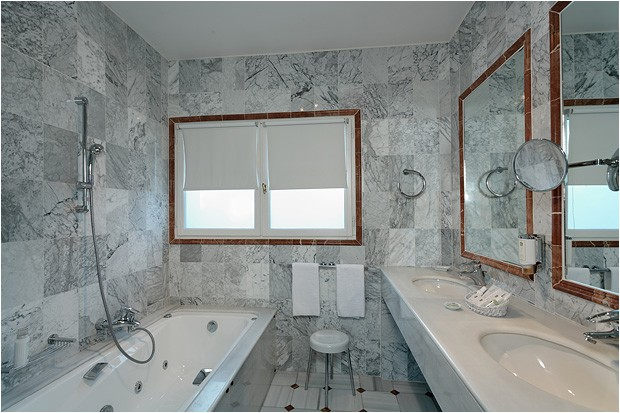 Hostellerie La Magnaneraie bagno