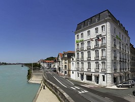 Ibis Styles Bayonne Gare Center - frente