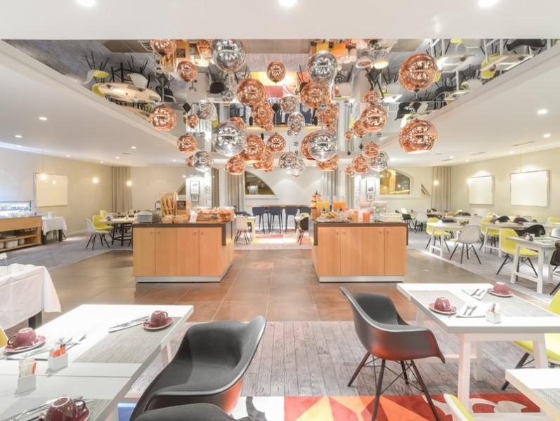 Hotel Eagle Owl - breakfast room