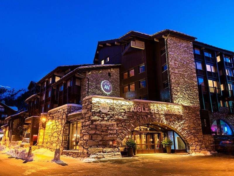 H tel l 39 aigle des neiges salle s minaire val d 39 is re 73 for Hotel design luxe france