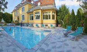Romantik Hotel Du Parc - Pool