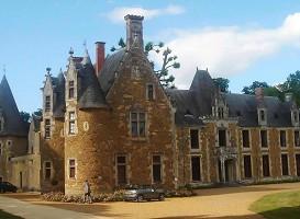 Château Cheronne - Exterior