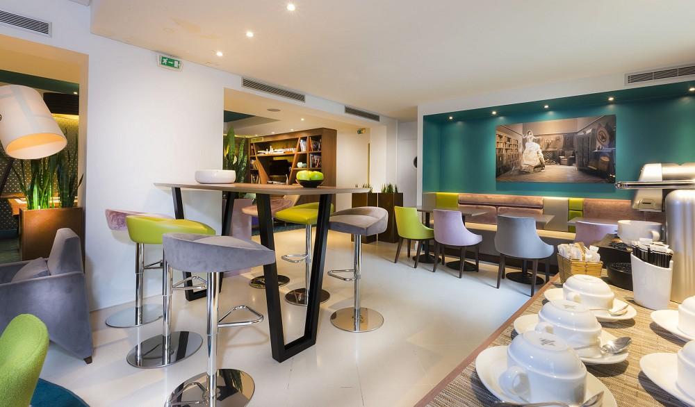 Quality Hotel acanto - inside