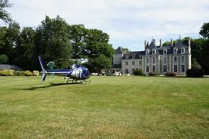 Elicottero castello volo Breuil