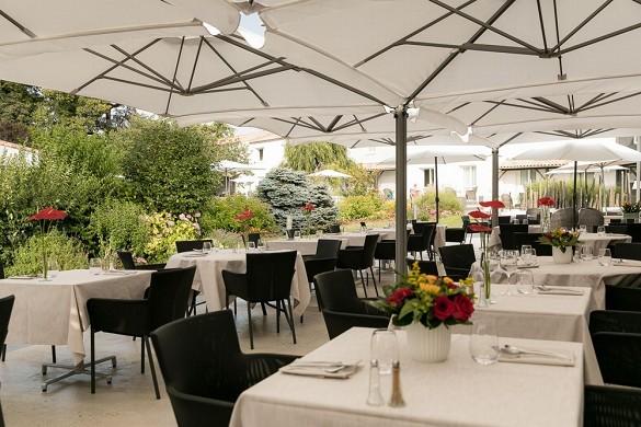 Hotel restaurante spa le rabelais - terraza