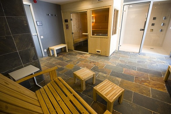 Hotel spa restaurant le rabelais - spa con sauna y ducha sensorial