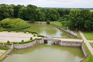 Castello di Beaumesnil fuori da 3