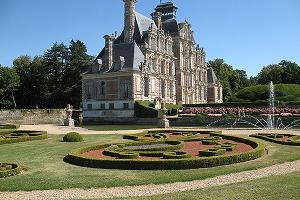 Il castello di Beaumesnil fuori