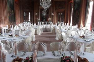 La reception del castello di Beaumesnil