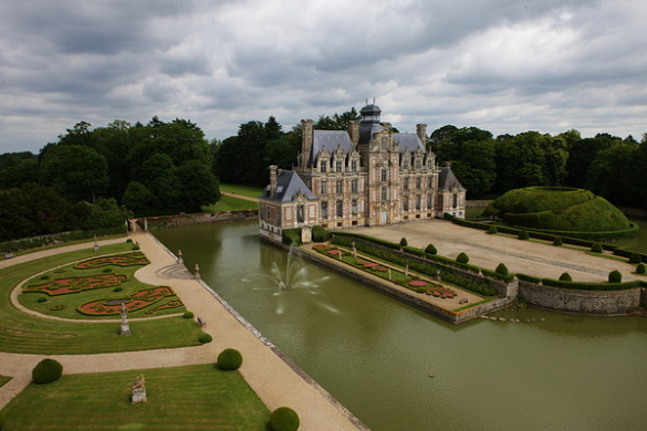 Castello di Beaumesnil fuori da 2