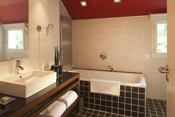 Les pleiades hotel and spa restaurant - bathroom