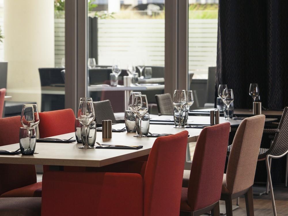 Mercure Marne Tal Bussy Saint Georges - Restaurant Puzzle
