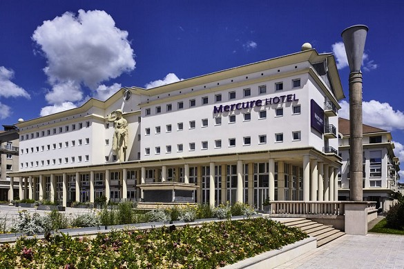 Mercure marne la vallee bussy saint georges - facade