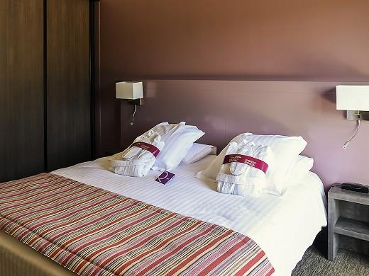 Mercure aix-en-provence sainte-victory - bedroom