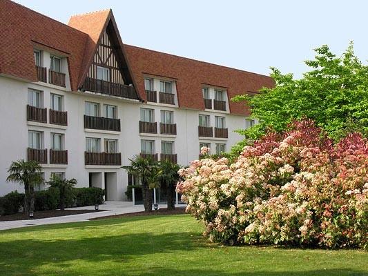 Hotel Amiraute links Fassade