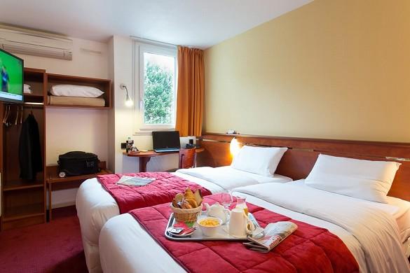 Brit hôtel bordeaux aéroport le soretel - chambre double lit double