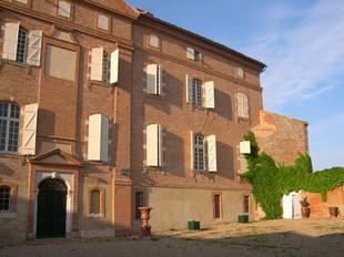 Château De Lasserre - Front