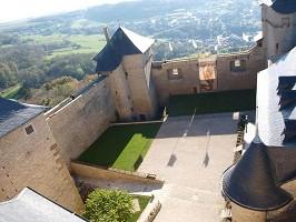 Castello di Malbrouck - Cortile