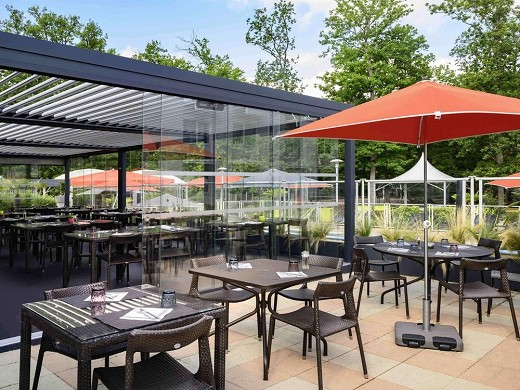 Novotel orleans country house sologne caminos - terraza