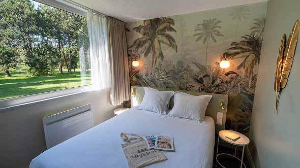 Hotel du lac dunkirk armbouts-cappel - double room with lake terrace