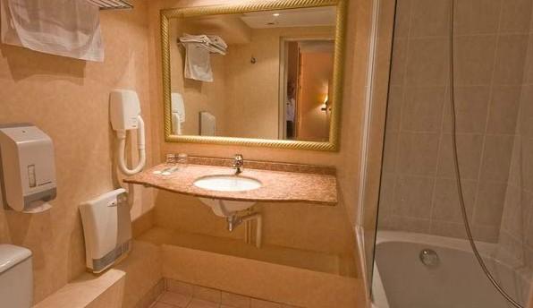 h tel aurore salle s minaire bourges 18. Black Bedroom Furniture Sets. Home Design Ideas