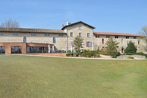 Golf Club Beaujolais - Exterior