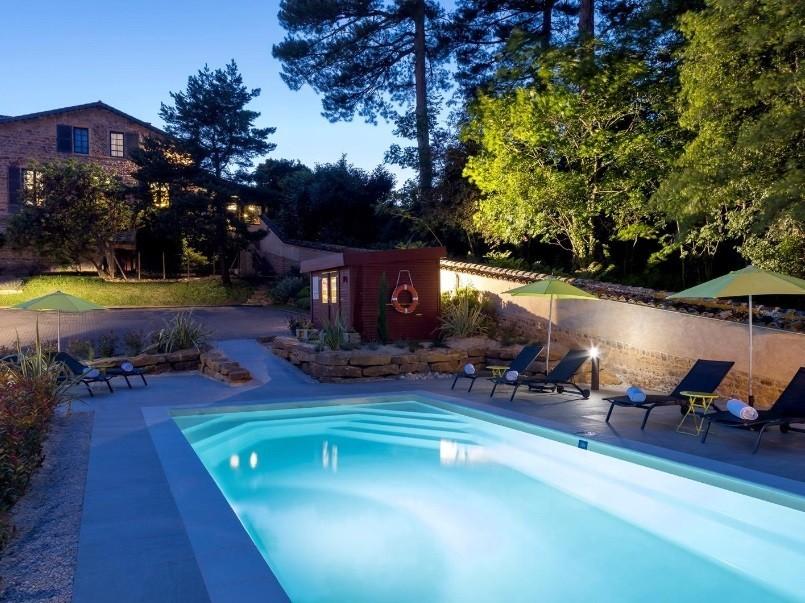 Le savigny salle s minaire lyon 69 for Hotel lyon avec piscine