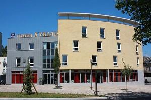 Kyriad Charleville Mezieres - Fachada