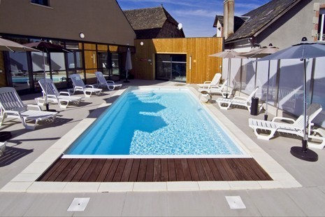 Auberge de la xaintrie - swimming pool