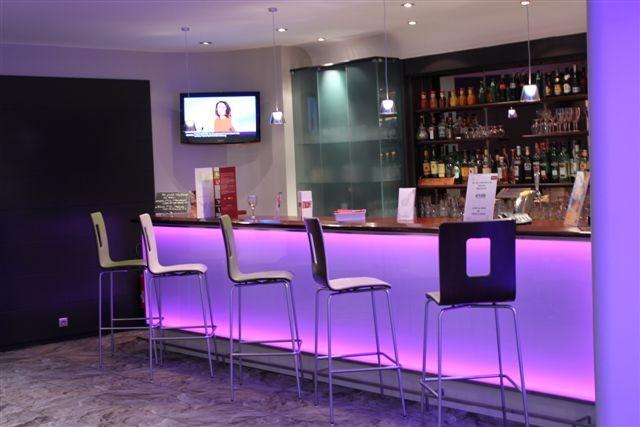 Mercury reindeer station center - Bar