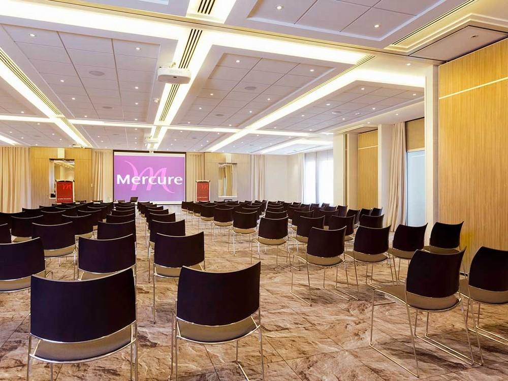 Mercury reindeer station center - meeting room