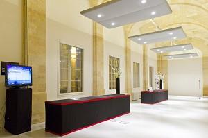 Palazzo borsa bordeaux spazio borsa 4_0795