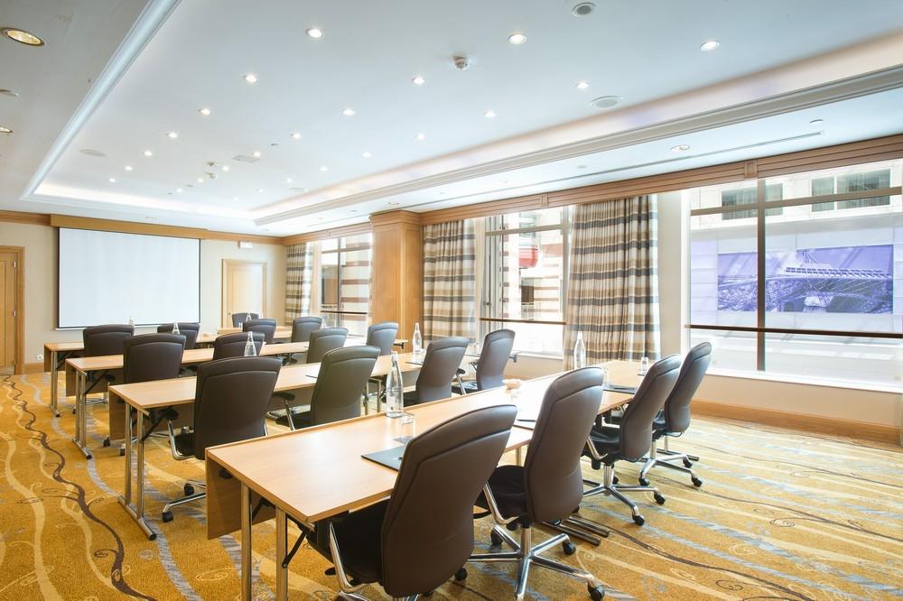 Hotel Hilton Paris Charles De Gaulle Airport