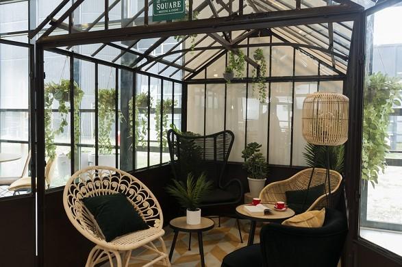 Ibis paris cdg airport - tetto in vetro / la piazza