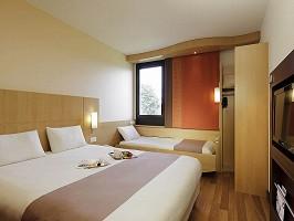 Hotel Ibis Noisy Le Grand Mont D Est