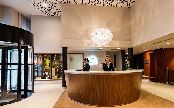 Holiday Inn reims centre - recepción - bienvenido