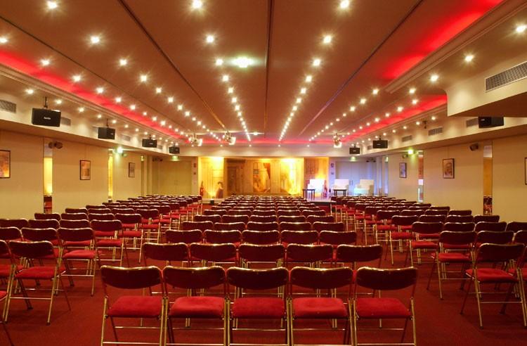 Red Carpet - salão de Paris