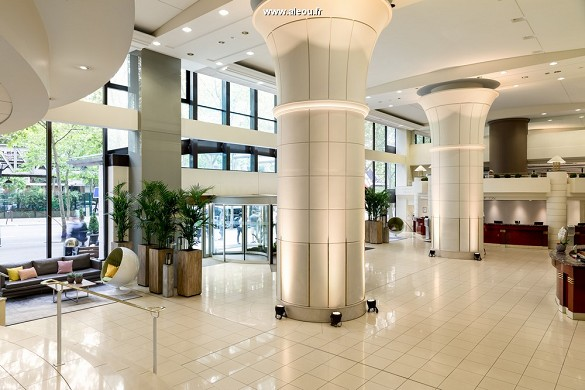 Paris Marriott links Bankhotel Konferenzzentrum - Lobby