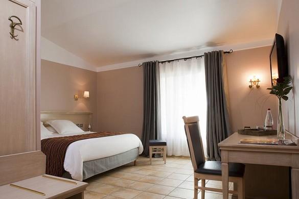 Hotel Artea Aix Center - Unterkunft