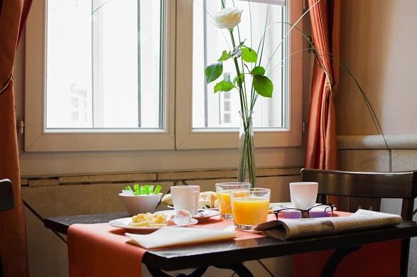 Hotel artea aix center - breakfast