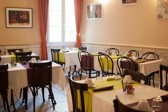 Hotel artea aix center - breakfast room