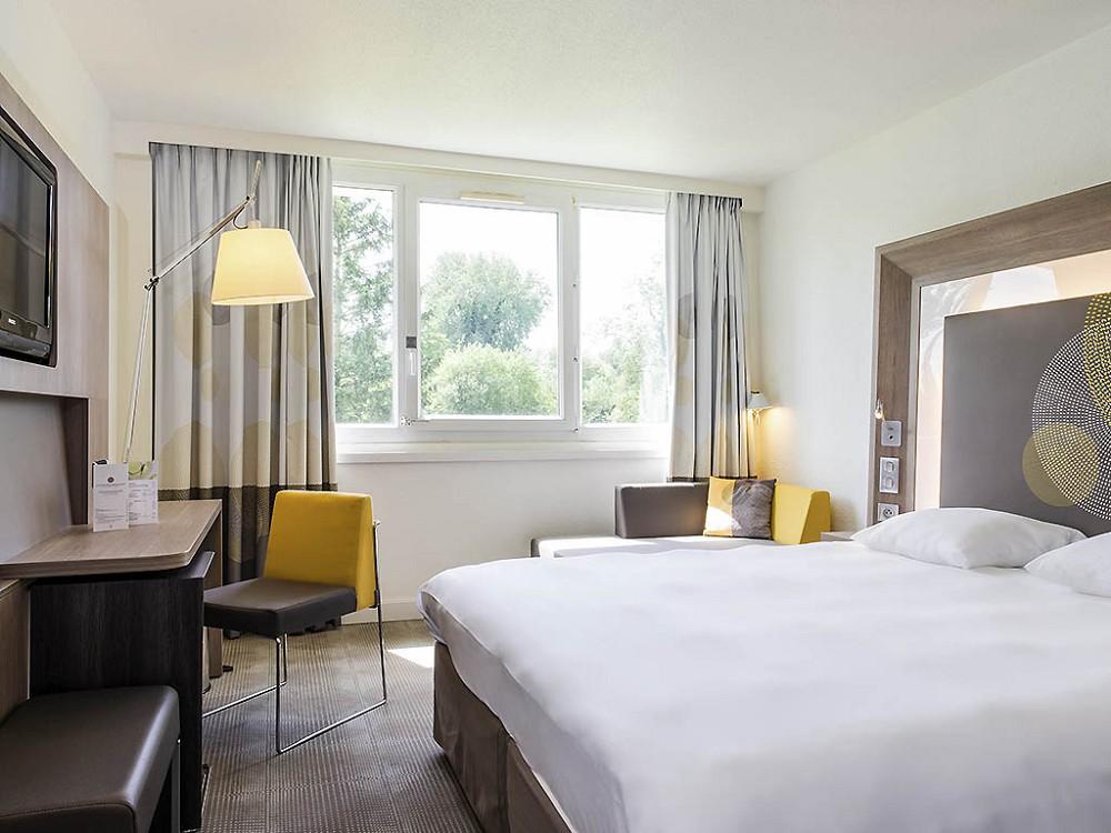 novotel le mans salle s minaire le mans 72. Black Bedroom Furniture Sets. Home Design Ideas