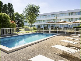 Novotel Le Mans - piscina