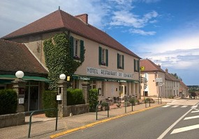 Hôtel du Commerce Tronget - Außenansicht