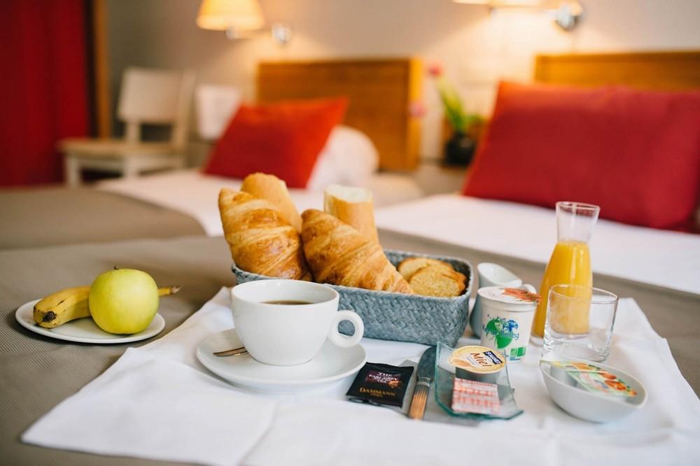 Saint-renan travelers - breakfast room