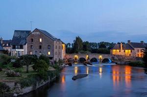 Best Western Le Moulin de Ducey - Fassade