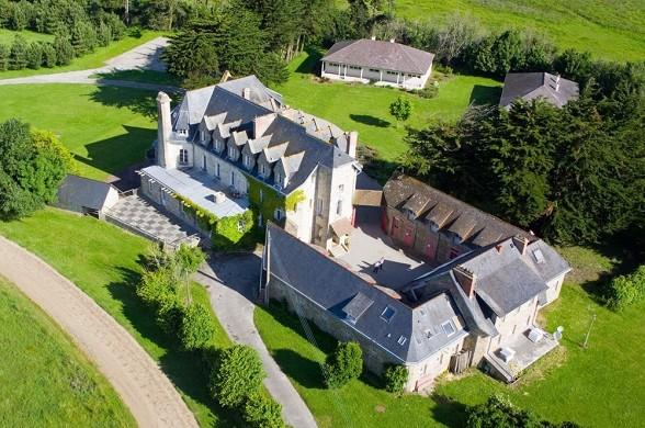 Castello Surville - bellissimo castello nella manica